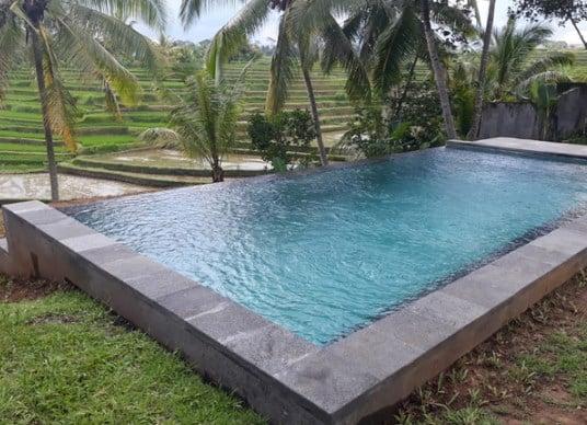 kontraktor kolam renang di Denpasar Bali